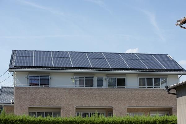 太陽光発電搭載住宅の外観