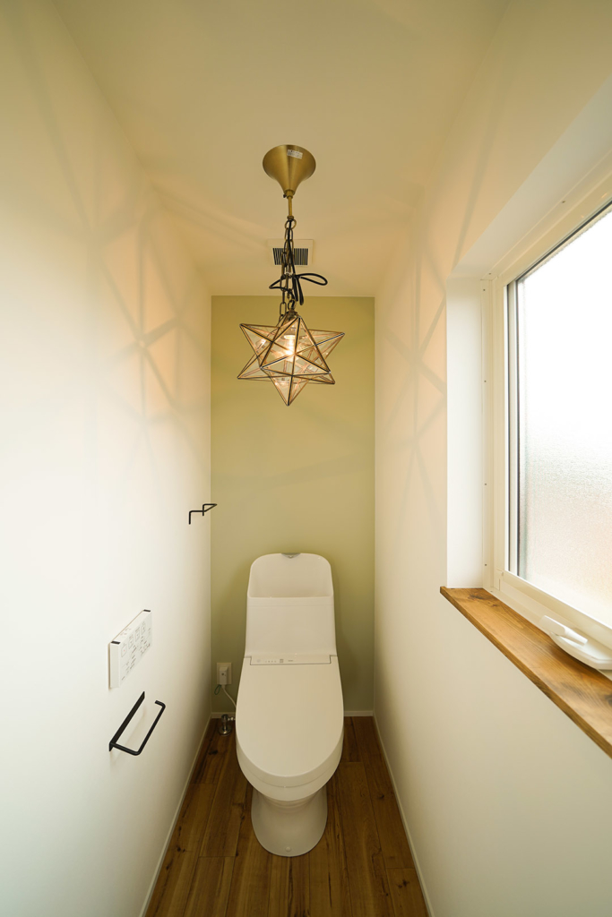 トイレ照明