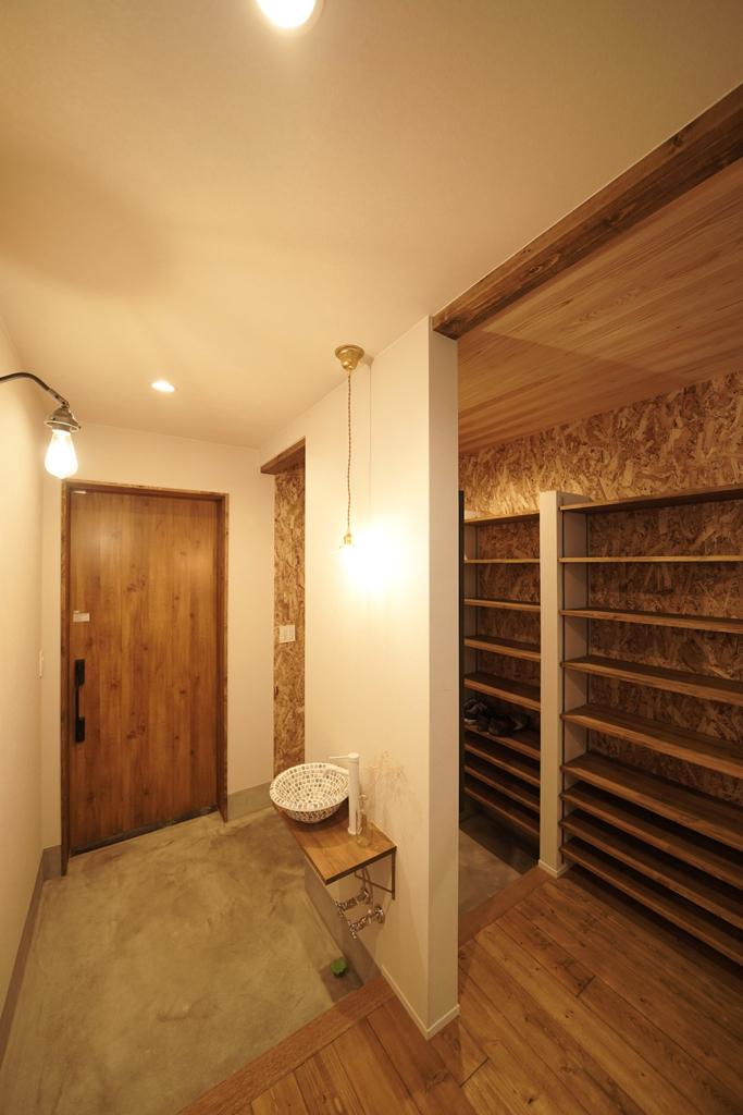 玄関 シューズクローゼット 玄関収納 土間収納 玄関手洗い
